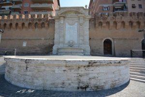 Fontana Vanvitelli (foto Ibelli)